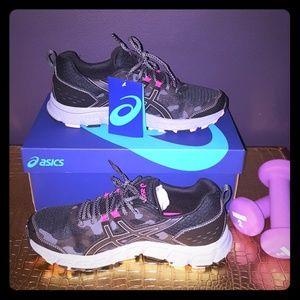 BNWB Asics Gel-Scram Camo Sneakers 🏃♀️